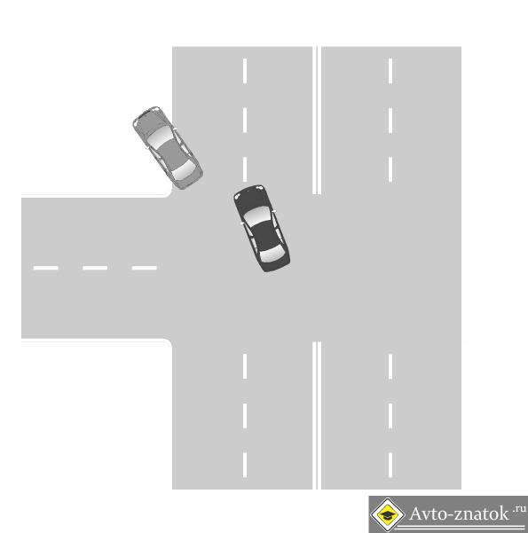 ДТП случилось на повороте к пожарной части.  Форд Фокус черного цвета поворачивал налево к ПЧ, и в момент поворота...