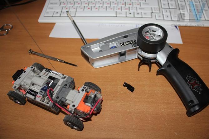электрическую схему модели