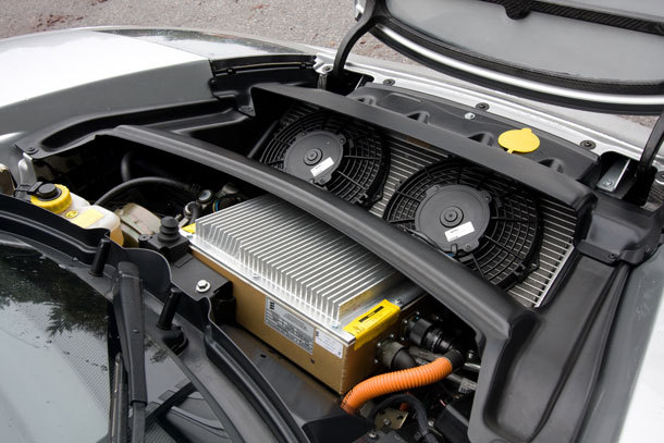 тесла автомобиль какие аккумуляторы